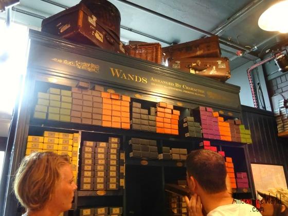 visiting-the-harry-potter-shop-at-platform-9-3/4
