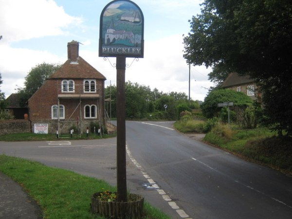 pluckley-road-sign
