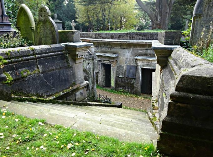 highgate-west-cemetery